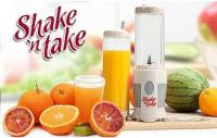 Ly sinh tố thơm ngon với máy xay sinh tố shake n take