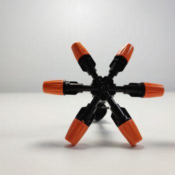 Béc 6 hướng bằng nhựa có bù áp kèm chân ren 21
