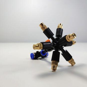 Bộ béc 7 hướng đầu đồng có chân van khóa mở nước