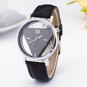 Đồng hồ tam giác giá rẻ