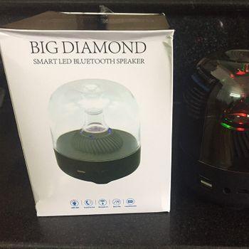 Loa bluetooth kiêm đèn led F7 - Big Diamon