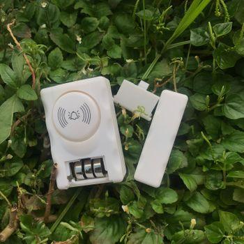 Bộ chuông báo động chống trộm tách cửa HOMELUS MC06 - Không dây