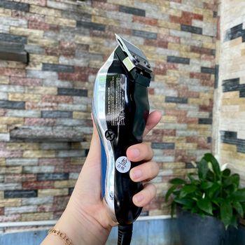 Tông đơ điện cắt tóc có dây Kemei KM 806 kim loại