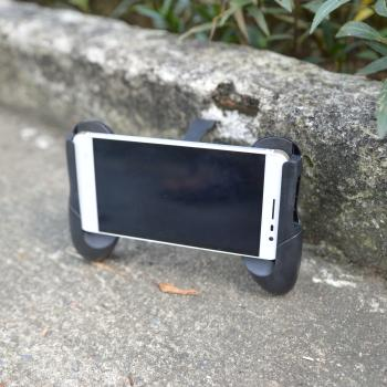 Gamepad tay cầm kẹp cho mọi điện thoại chơi game GP120