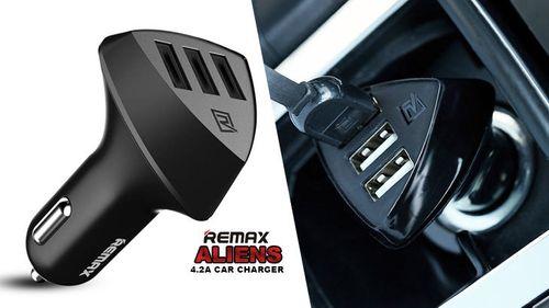 Cốc xe hơi Remax N5 Black - 3 cổng USB