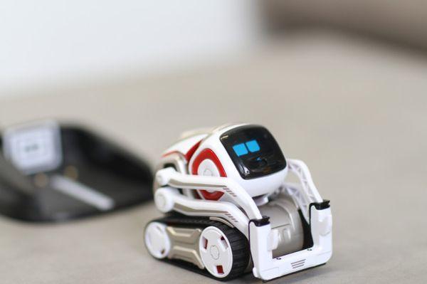 01-robotcozmo.jpg