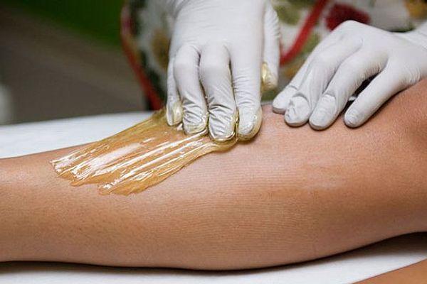 """5 """"GẠCH ĐẦU DÒNG"""" cực quan trọng khi tẩy lông chân tại nhà"""