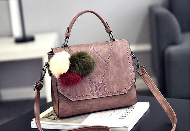 Túi xách công sở kèm thú bông