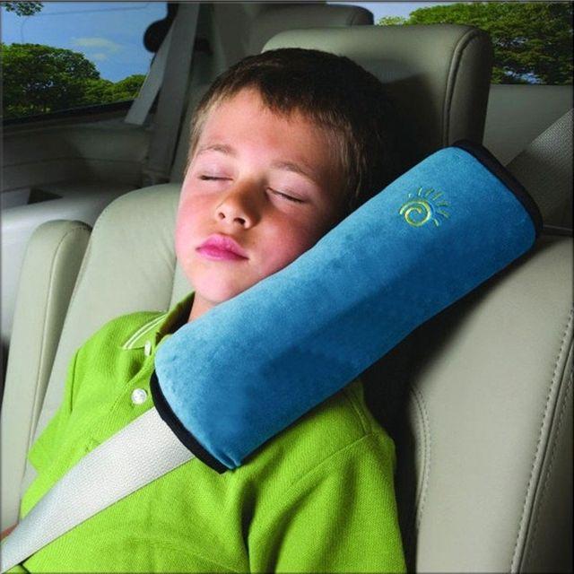 Gối tựa đai dây an toàn ô tô