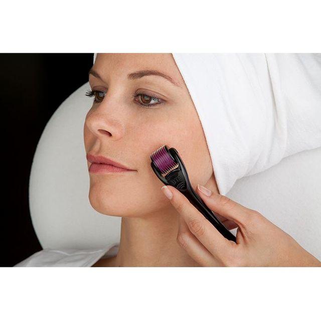Cây lăn đầu kim trị mụn sẹo rổ nám - Nano mũi kim siêu nhỏ