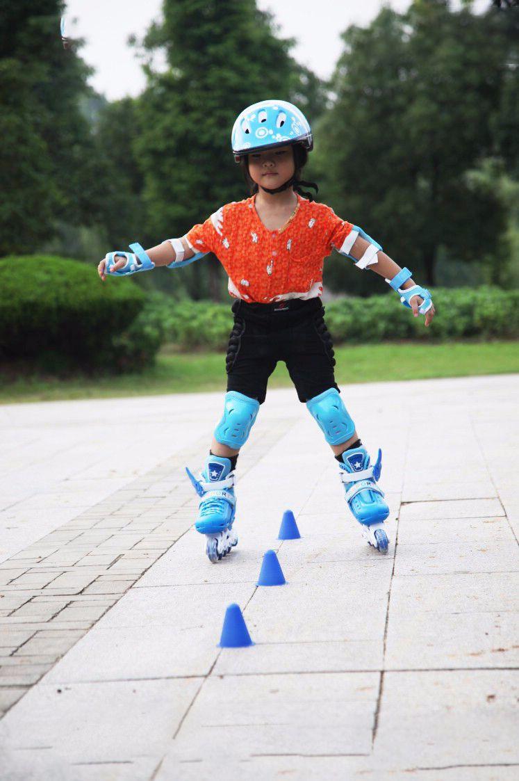 Bộ bảo hộ chân tay trượt patin cho bé